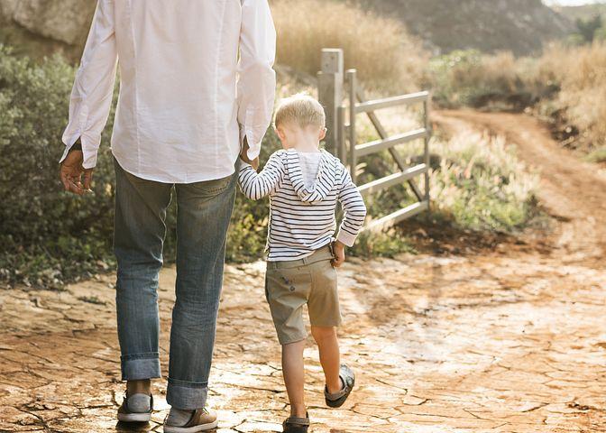 7 Schritte für einen würdevollen Umgang mit deinem Kind 7